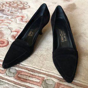 Ferragamo black suede kitten heel pumps